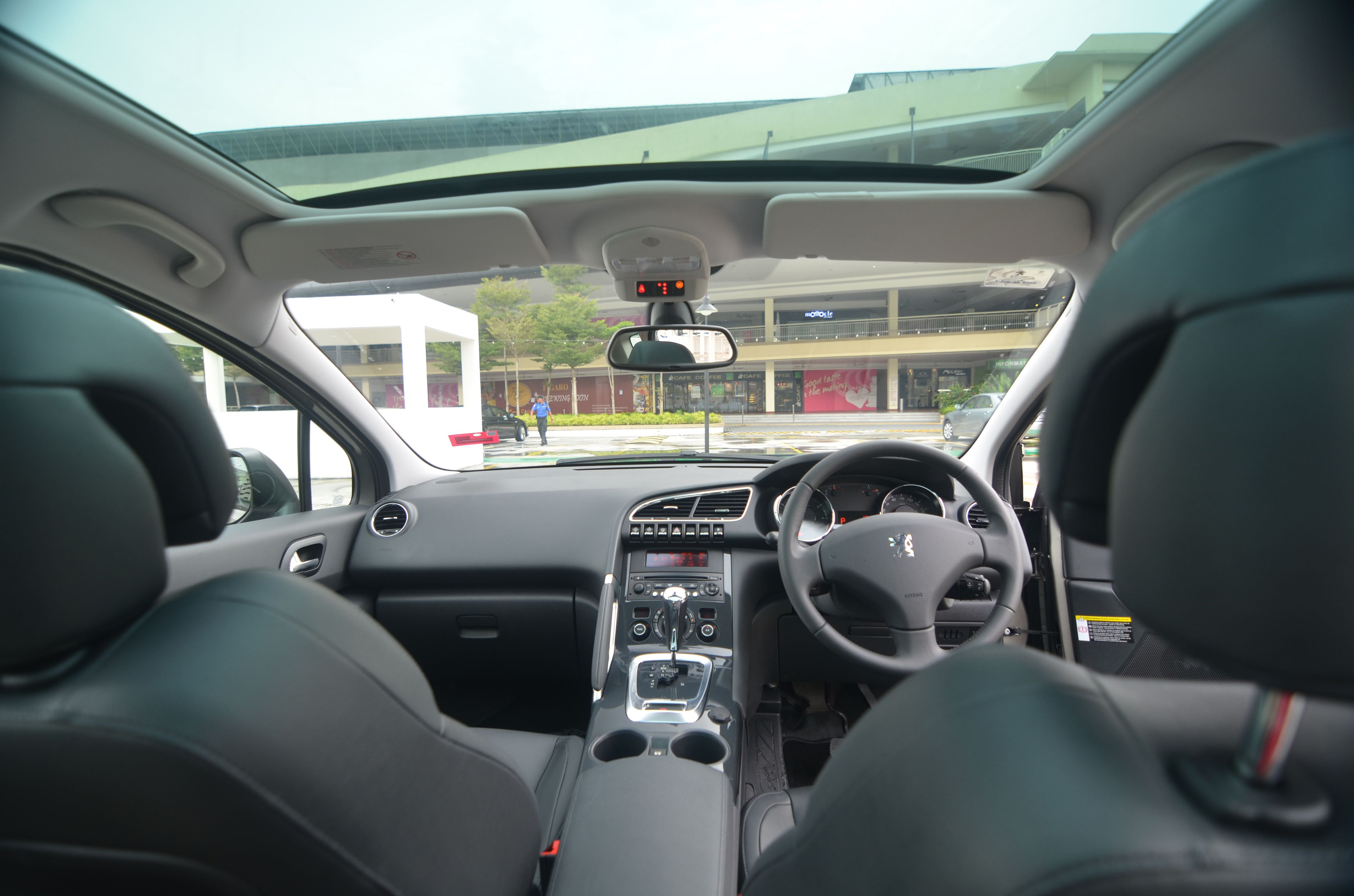 the peugeot 3008 - living life differently - kensomuse