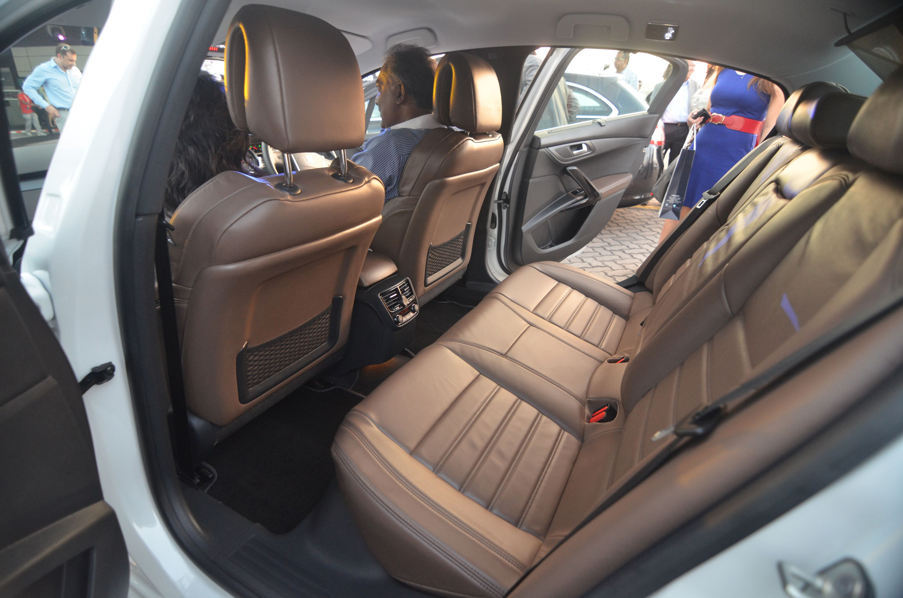 100 peugeot 508 interior 2013 robmcsorleyoncars for Interior peugeot 508