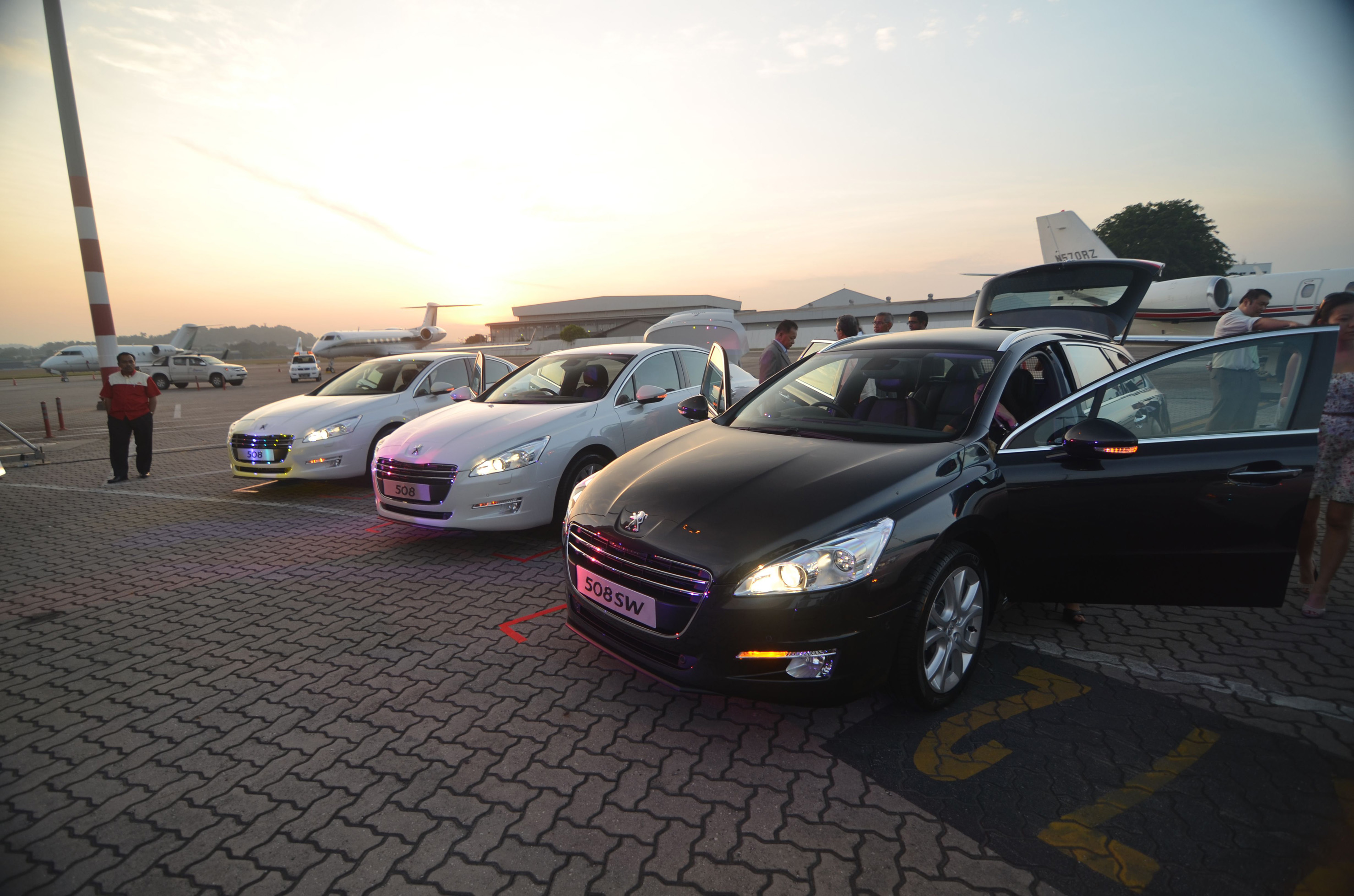Full range of Peugeot 508 launched - Beyond First Cl - kensomuse