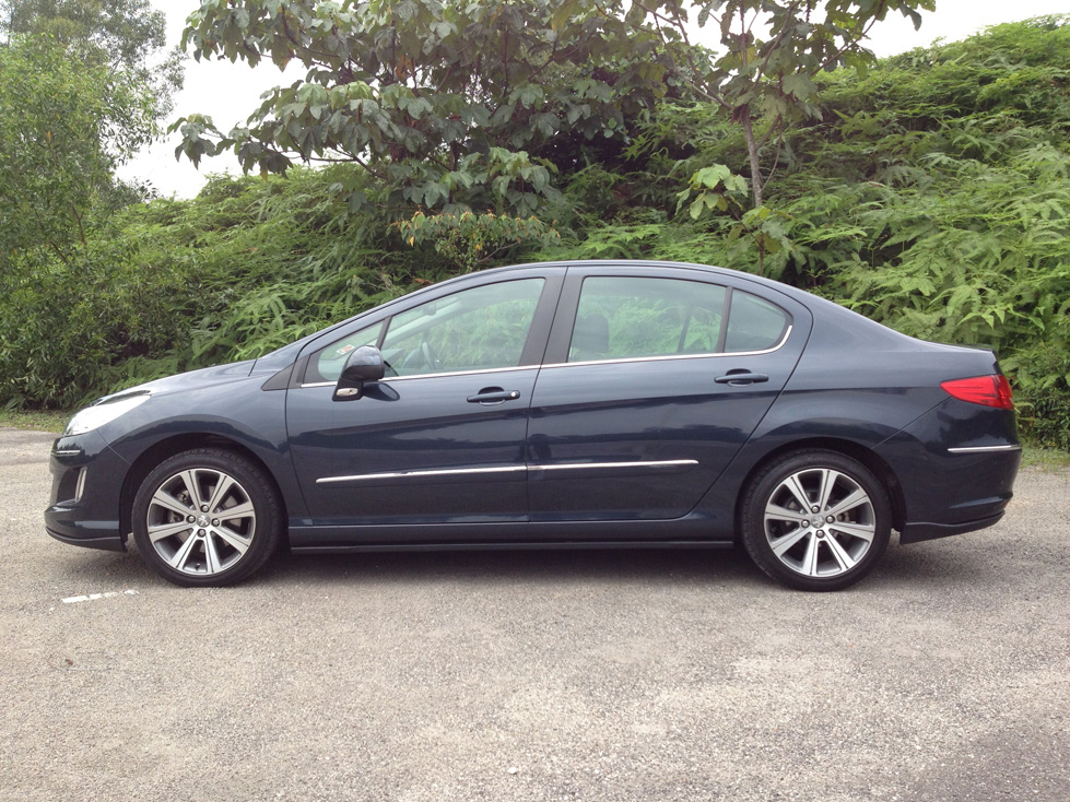 peugeot 408 - are you naugthy or nice? - kensomuse